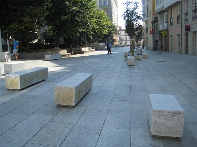 Cluster granito asociaci n cluster granito centro for Ejemplos de mobiliario urbano